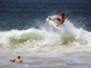 surfing-on-folly